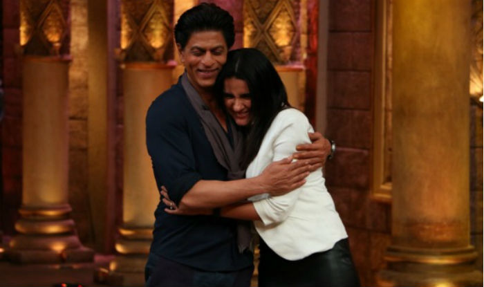 Shahrukh Khan on the set of Comedy Nights Bachao-15