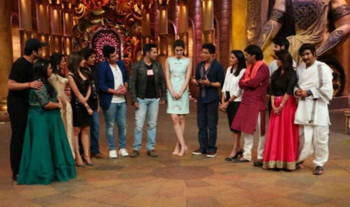 Shahrukh Khan on the set of Comedy Nights Bachao-16