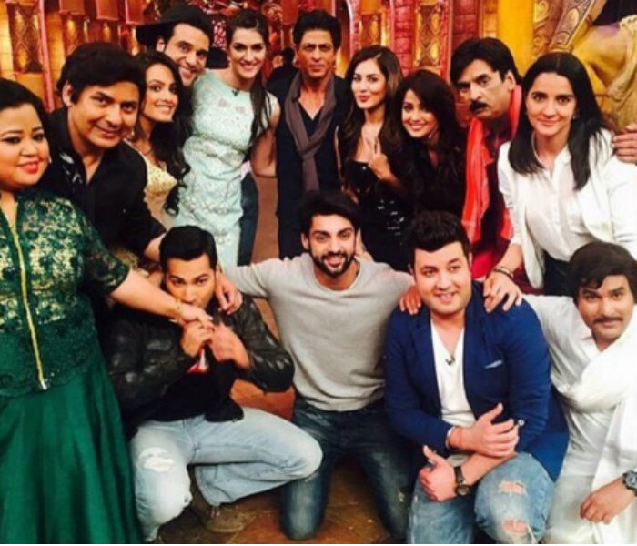 Shahrukh Khan on the set of Comedy Nights Bachao
