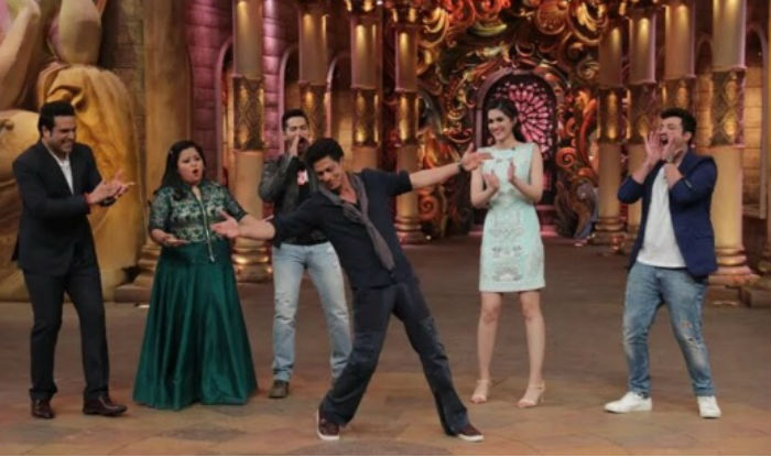 Shahrukh Khan on the set of Comedy Nights Bachao-19
