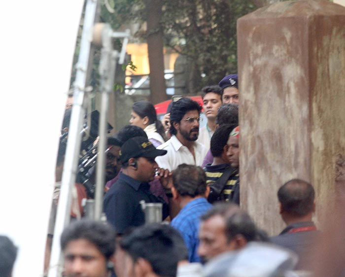 Shahrukh Khan Snapped on the sets of the film Raees in Mumbai