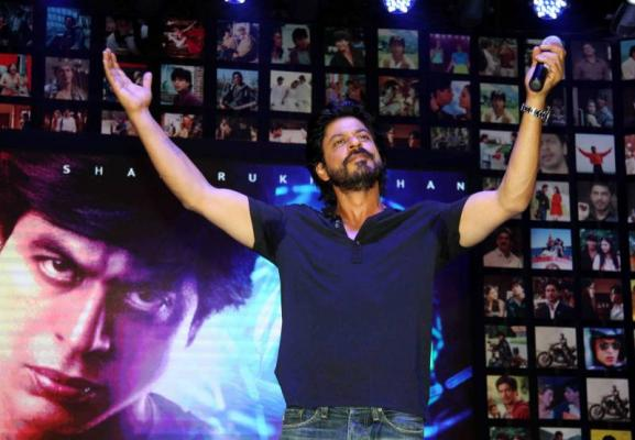 Shahrukh Khan Trailer Launch of film Fan-06