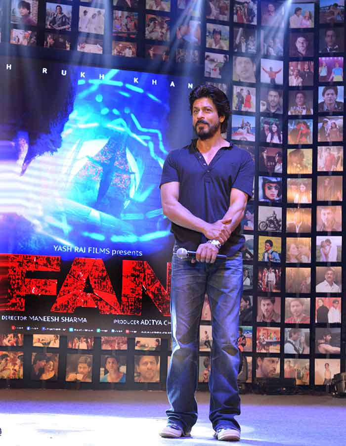 Shahrukh Khan Trailer Launch of film Fan-104