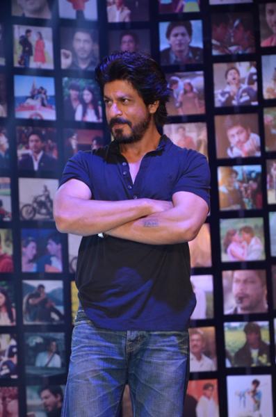Shahrukh Khan Trailer Launch of film Fan-20