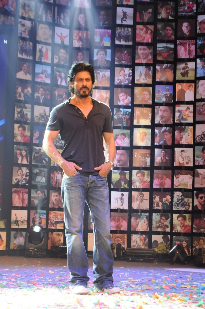 Shahrukh Khan Trailer Launch of film Fan-35