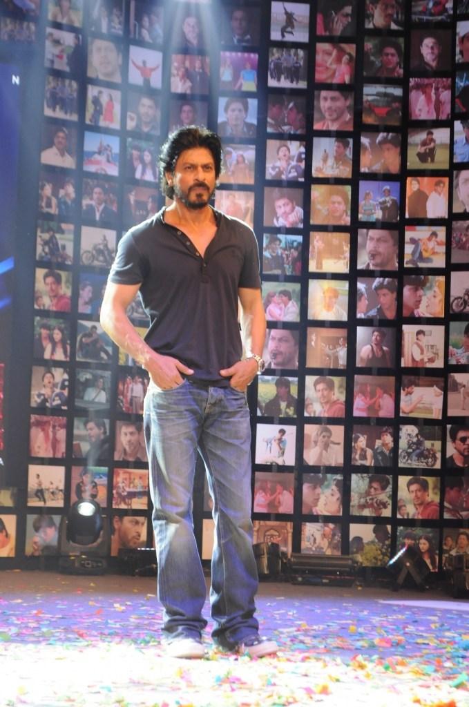 Shahrukh Khan Trailer Launch of film Fan-36