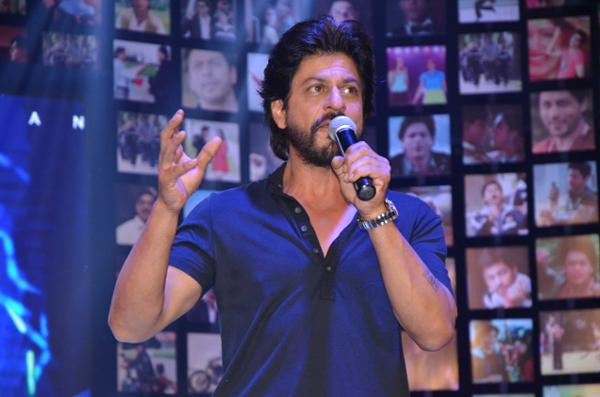 Shahrukh Khan Trailer Launch of film Fan-38