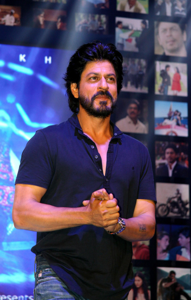 Shahrukh Khan Trailer Launch of film Fan-43