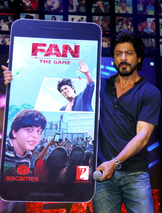 Shahrukh Khan Trailer Launch of film Fan-52