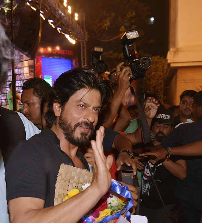 Shahrukh Khan Trailer Launch of film Fan-57