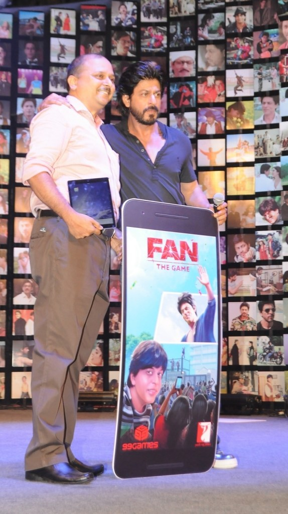 Shahrukh Khan Trailer Launch of film Fan-60