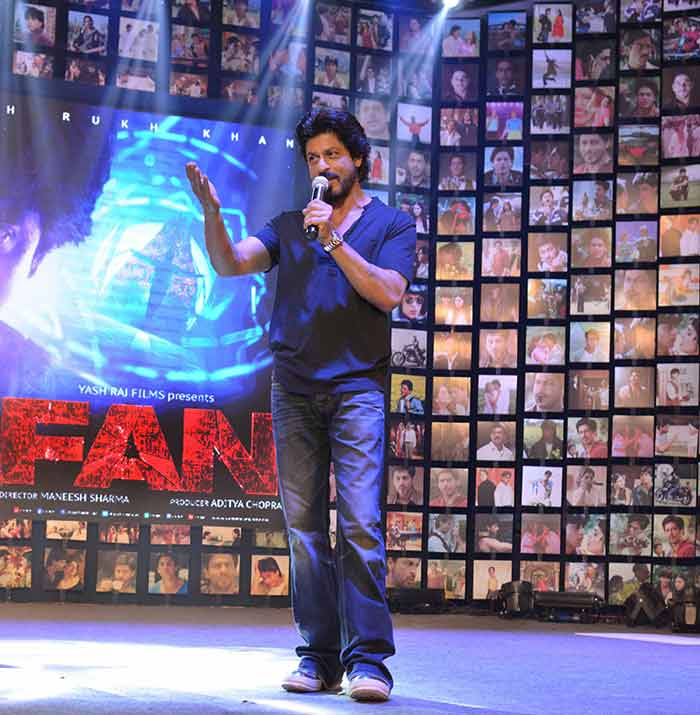 Shahrukh Khan Trailer Launch of film Fan-63