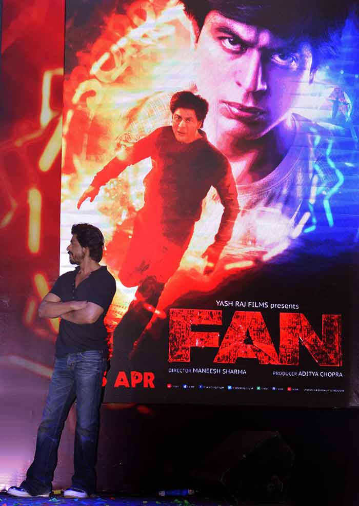 Shahrukh Khan Trailer Launch of film Fan-72