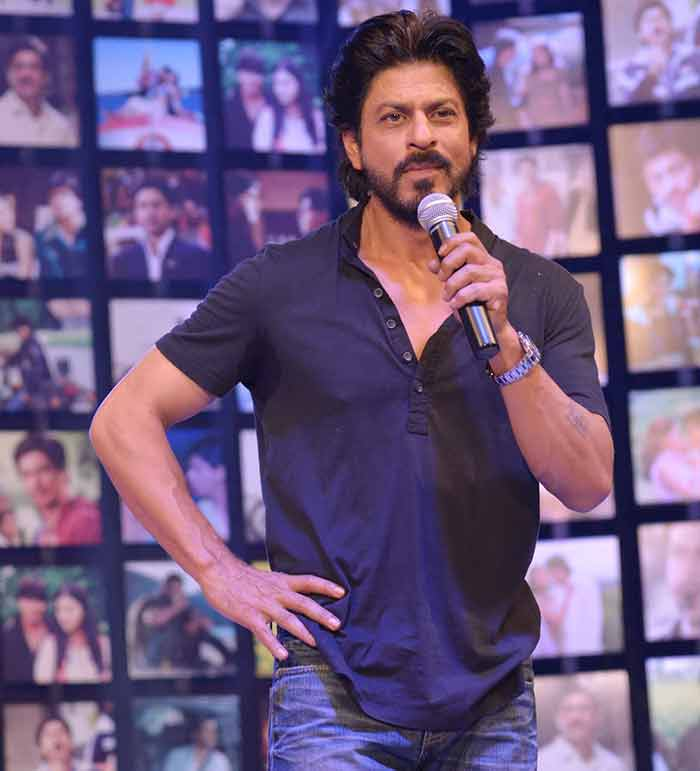 Shahrukh Khan Trailer Launch of film Fan-77