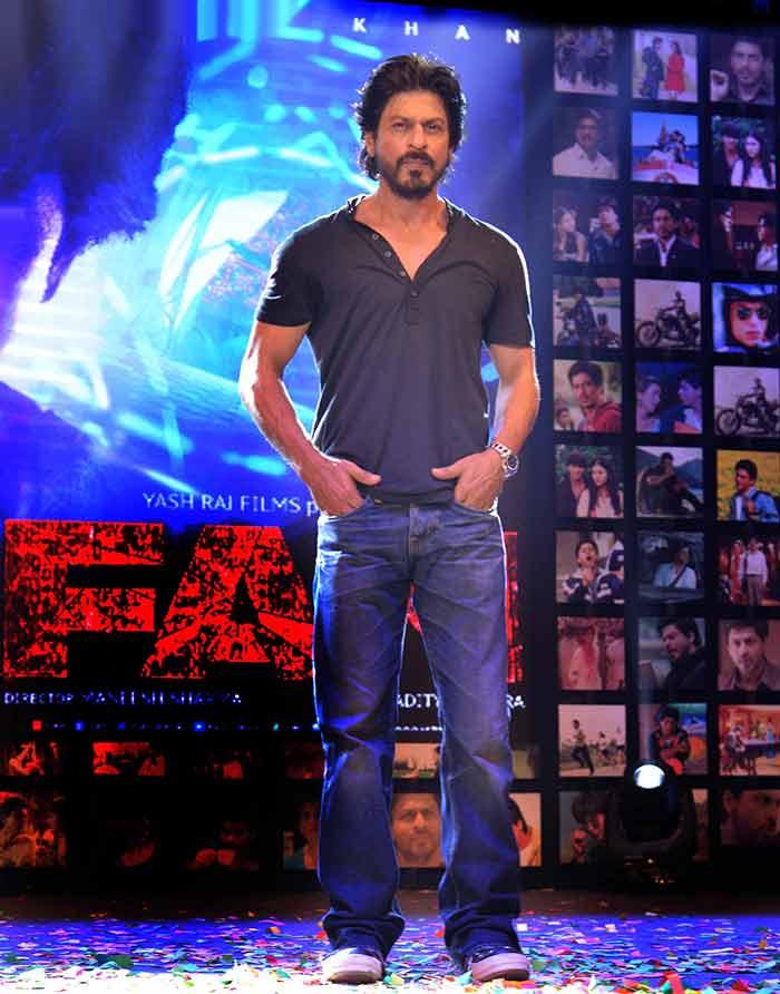 Shahrukh Khan Trailer Launch of film Fan-83