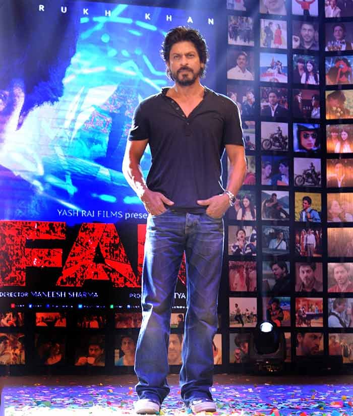 Shahrukh Khan Trailer Launch of film Fan-88