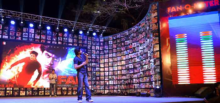 Shahrukh Khan Trailer Launch of film Fan-89