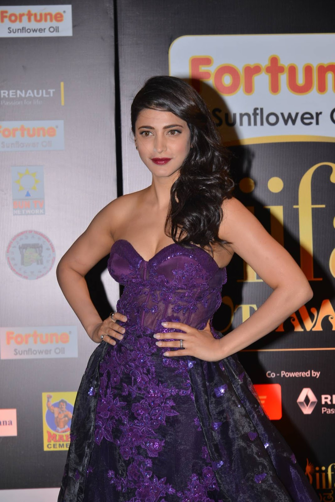 Shruti Haasan at IIFA Utsavam 2016