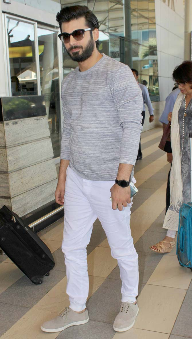 Siddharth, Fawad & Alia Spotted at the Mumbai Airport