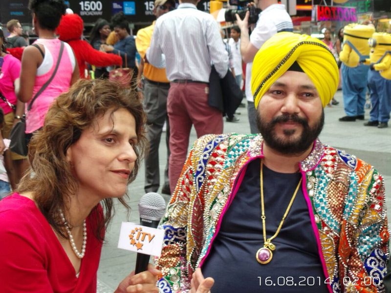 Singer Daler Mehndi Celebrates Azadi Diwas In New York