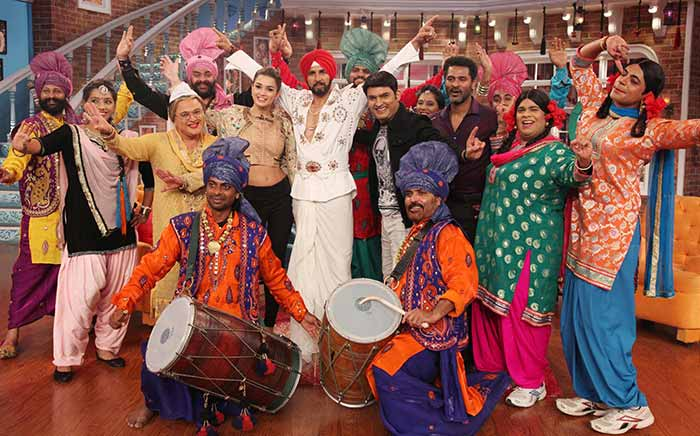 Singh Is Bliing : Akshay Kumar On The Sets Of Comedy Nights With Kapil