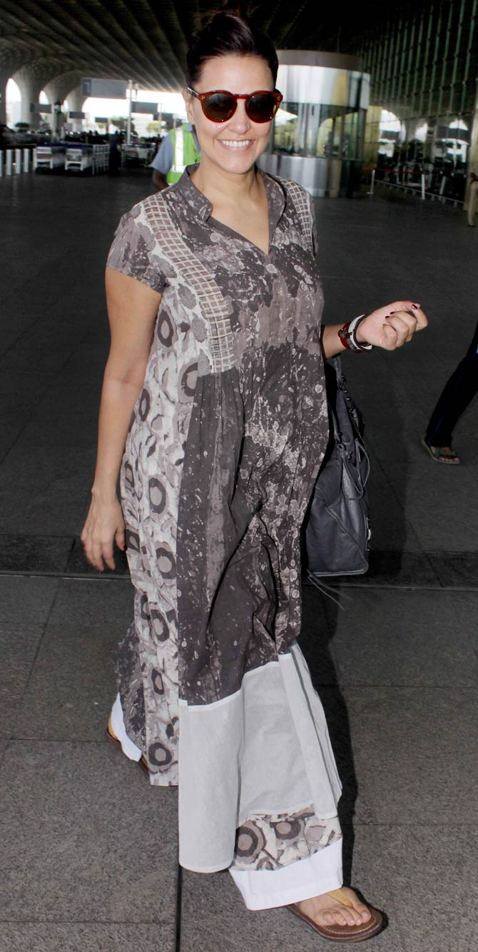 Soha Ali Khan, Neha Dhupia and Hema Malini Snapped at the Mumbai Airport