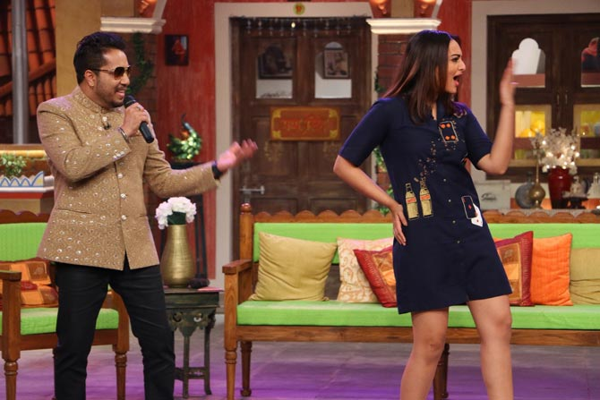 Sonakshi Sinha on the sets of Comedy Nights Live