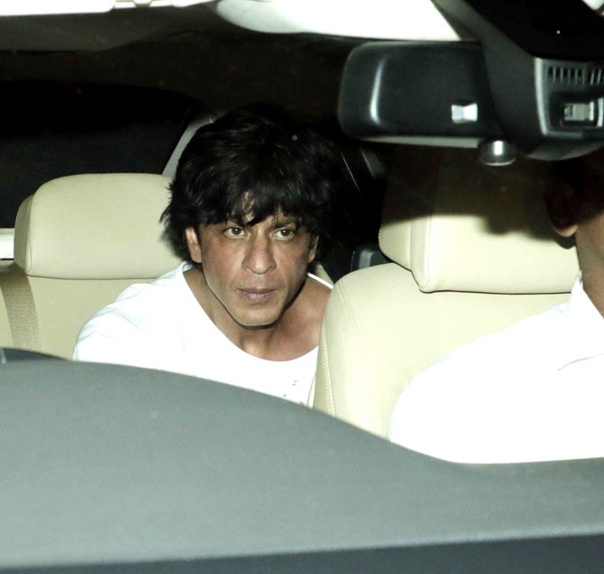 SRK, Aishwarya, Kareena and Other Celebs attend a grand party at Karan Johars House