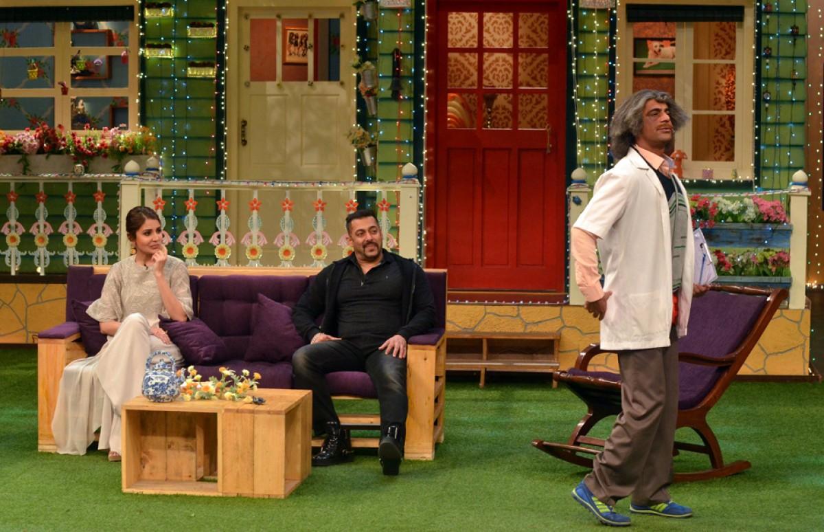 Salman Khan, Anushka Sharma & Sunil Grover