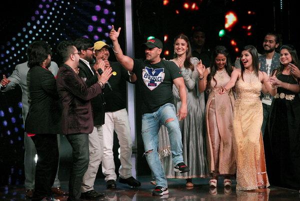 Salman Khan & Anushka Sharma