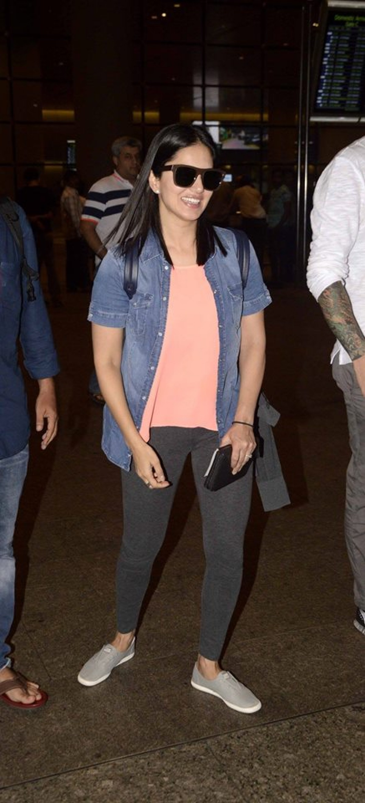 Sunny Leone and Amyra Dastur Spotted at The Airport