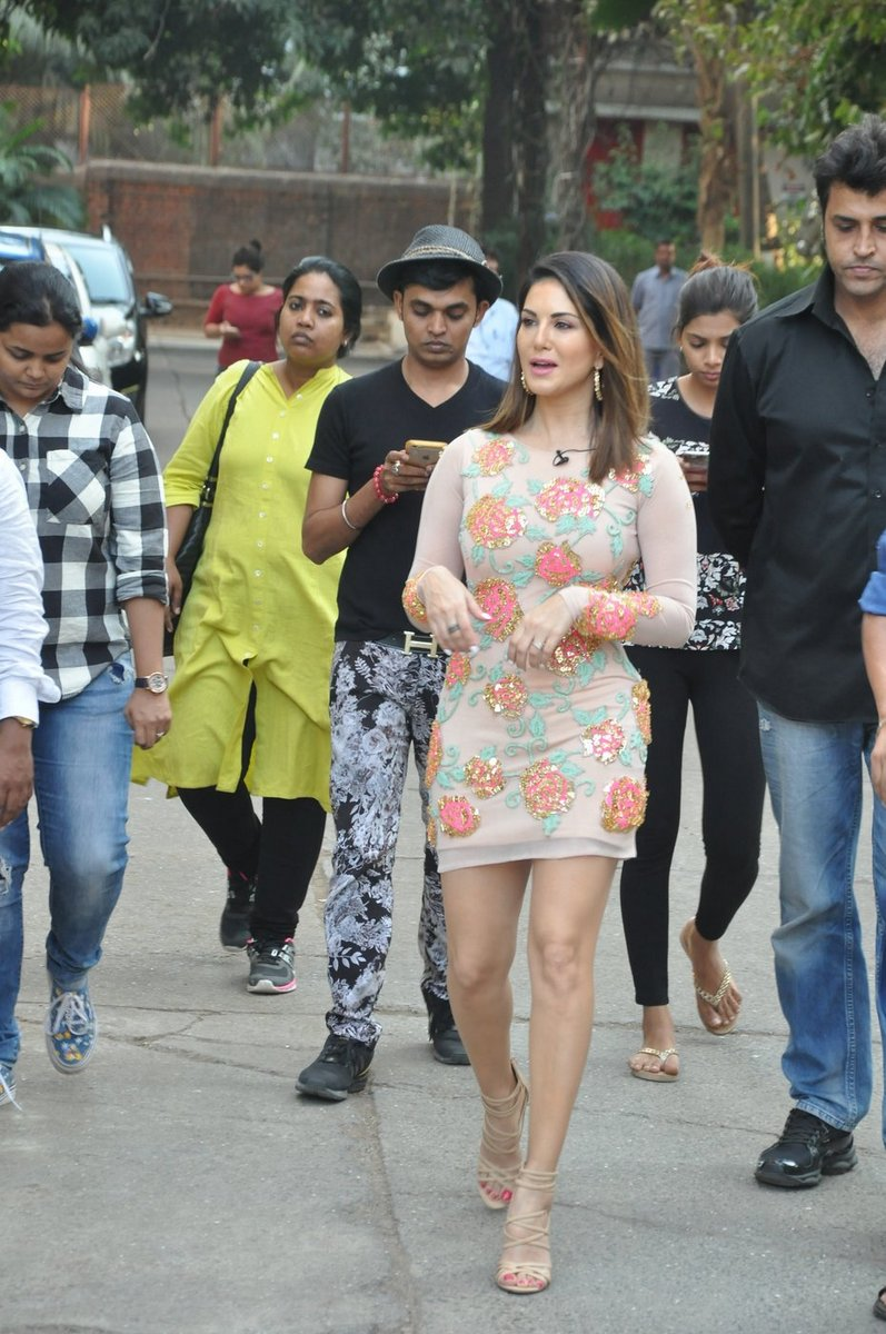 Sunny Leone Promotions of Mastizaade Movie