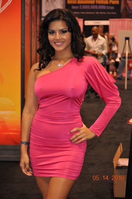 Sunny Leone In Pink Hot Dress Photo