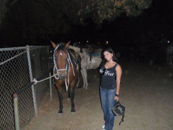 Sunny Leone Photo With Horse