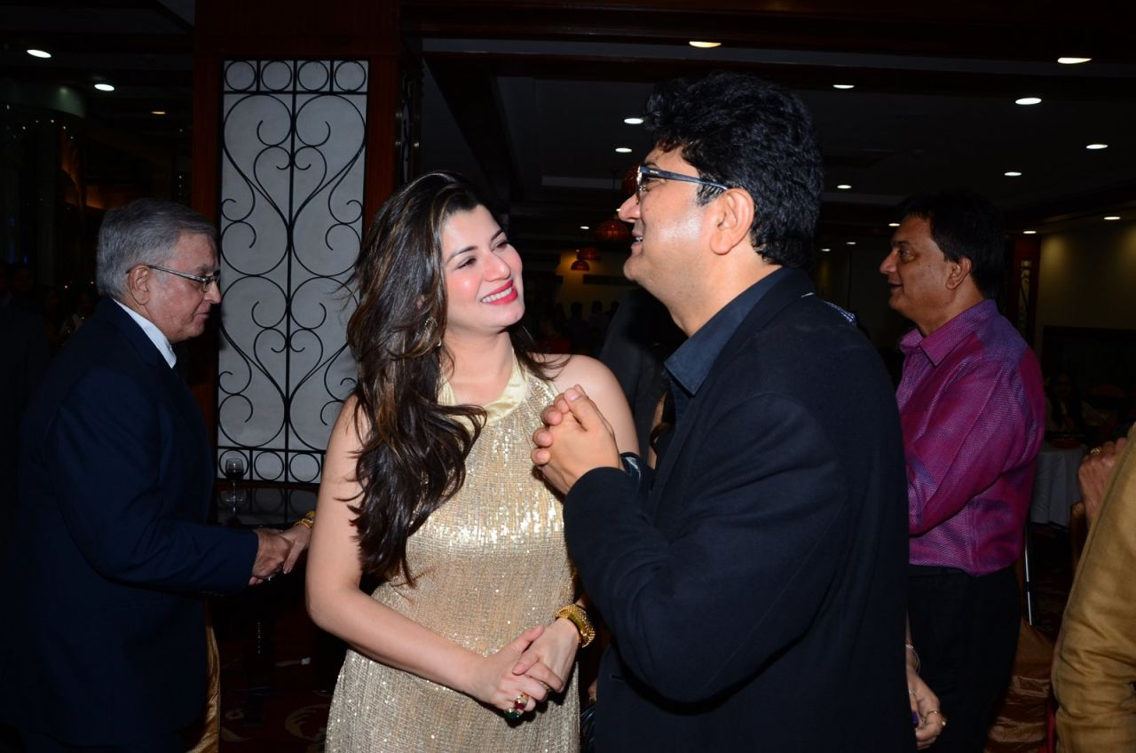 Tabu & Kainaat Arora at Anu Malik Felicitation Ceremony