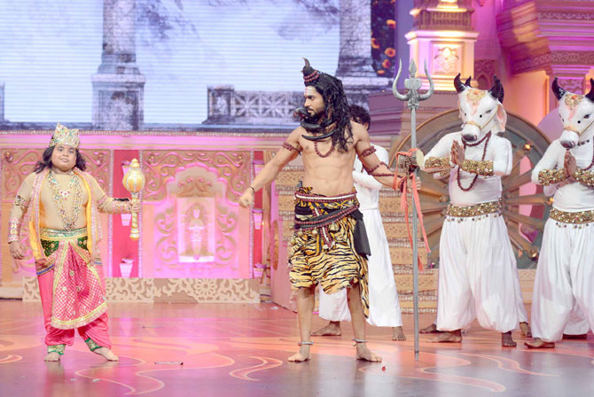 Telly Celebs Shoot for Special Dussehra Programme