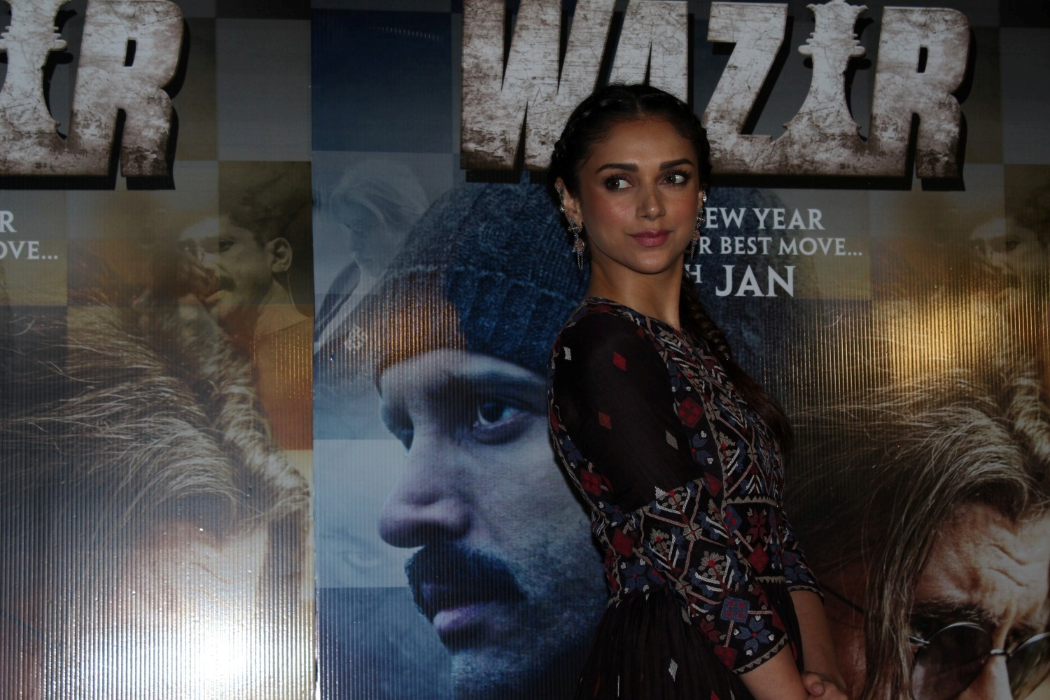 Tere Bin Song Launch of Wazir Movie
