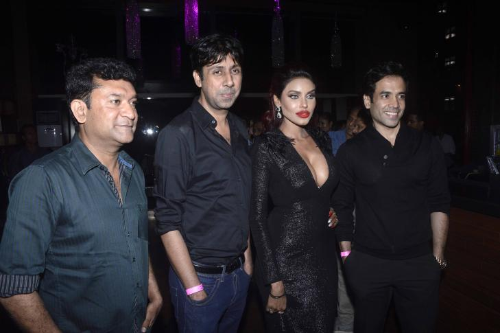 Tusshar Kapoor & Ken Ghosh at Model Giselle Thakral Birthday Party in Mumbai