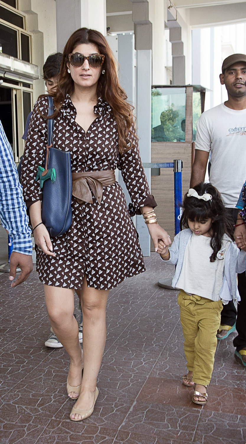 Twinkle Khanna with Her Kids Spotted at Jodhpur Airport