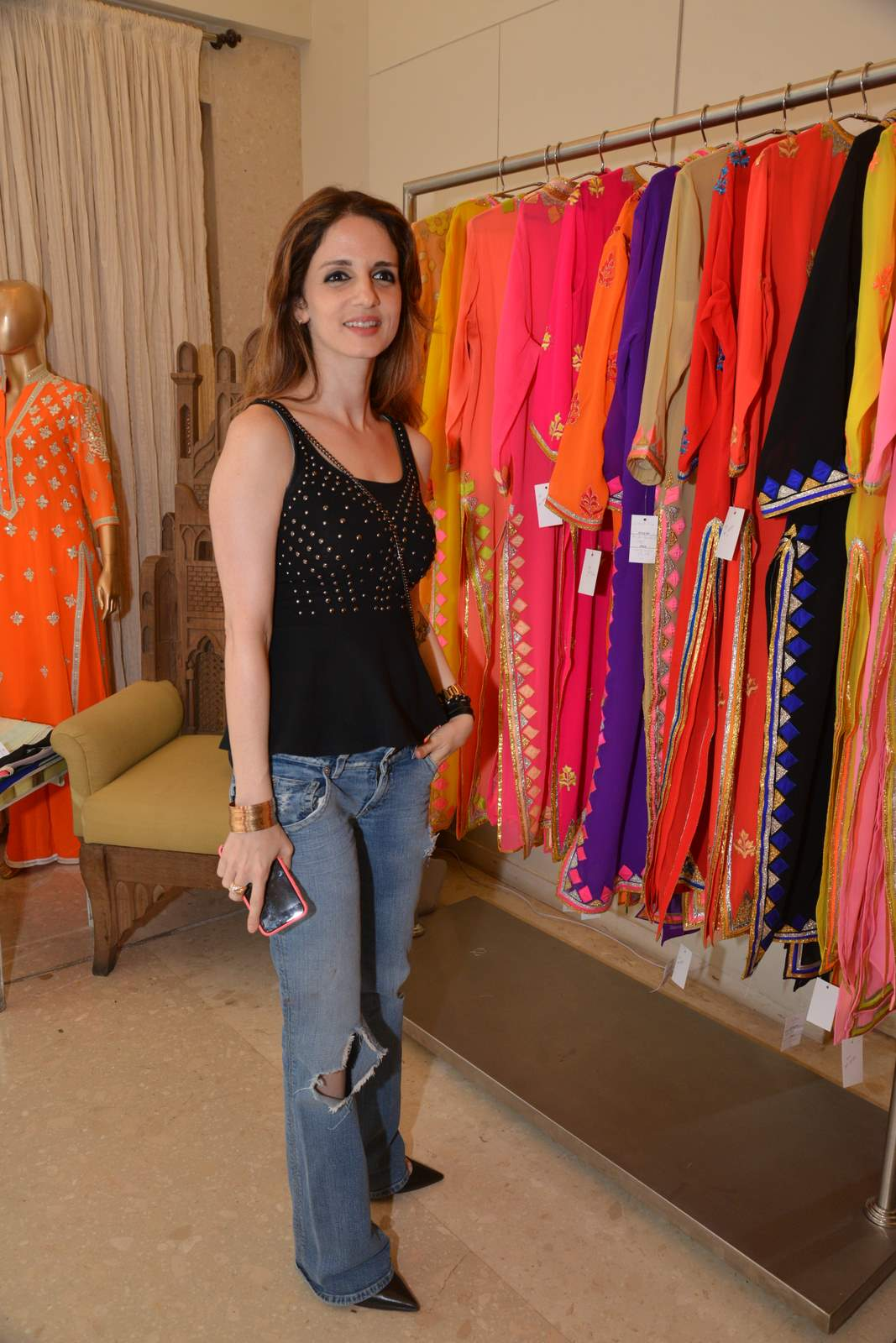 Twinkle & Suzanne at Abu Sandeep Spring Summer Collection Launch in Mumbai
