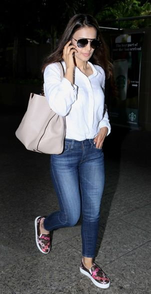 Urvashi Rautela, Ameesha Patel and Pulkit Samrat Spotted at the Airport