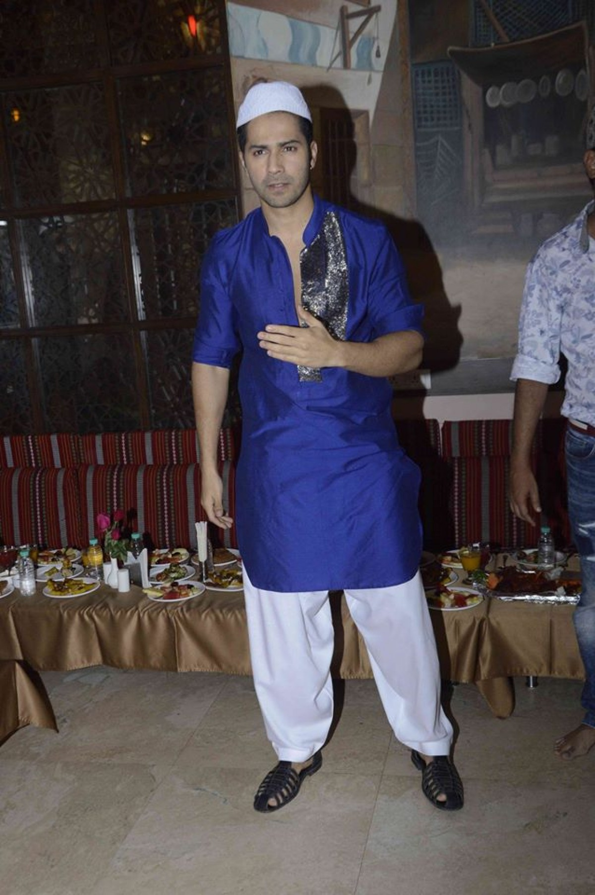 Varun Dhawan Promoted Dishoom Movie at Persian Darbar Hotel