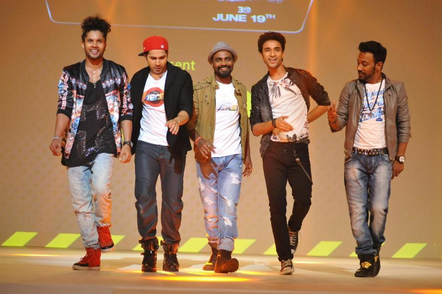 Varun Dhawan & Remo DSouza Promoted Film ABCD2 in Mumbai