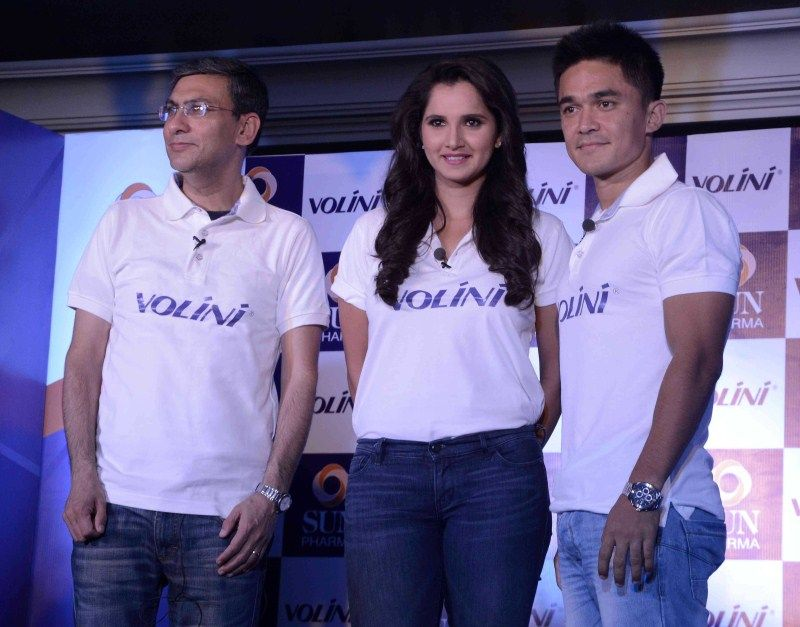Volini Signs Sania and Chhettri as Brand Ambassadors