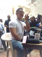 Aamir Khan Celebrates Eid with Media at his Residence