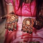 Divyanka Tripathis Mehendi Ceremony Photo Gallery
