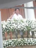 Shahrukh Khan Celebrates Eid with Media at Mannat